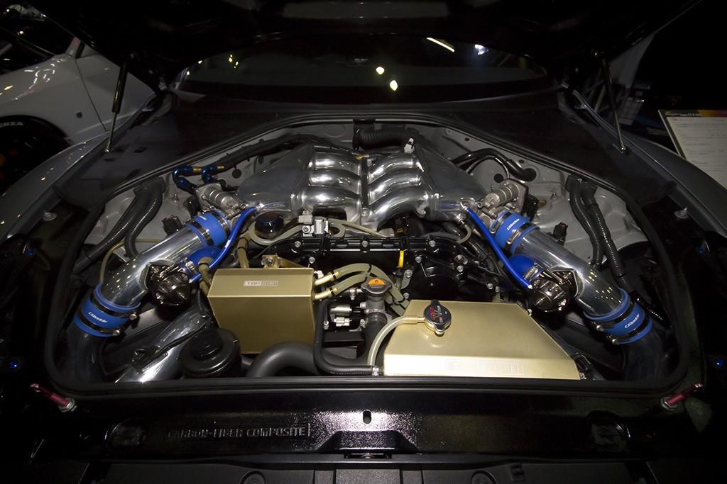 SUPER GT-R 1000